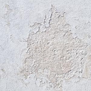 Wand mit Unebenheiten
