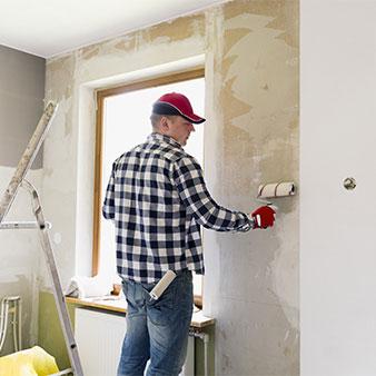 Vliestapete Wand einkleistern